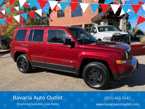 2016 Jeep Patriot for sale at Bavaria Auto Outlet in Victoria MN
