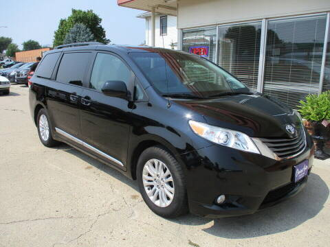 2012 Toyota Sienna for sale at Choice Auto in Carroll IA