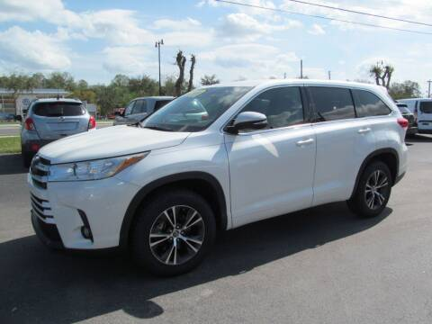 2017 Toyota Highlander for sale at Blue Book Cars in Sanford FL