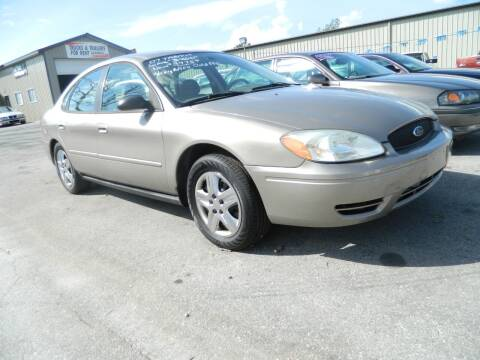 2007 Ford Taurus for sale at Auto House Of Fort Wayne in Fort Wayne IN