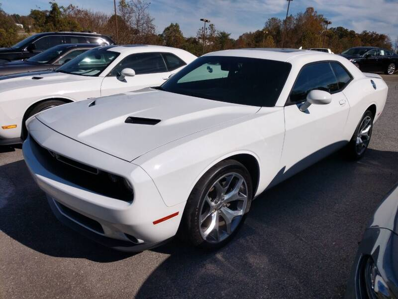 2015 Dodge Challenger for sale at Modern Motors - Thomasville INC in Thomasville NC