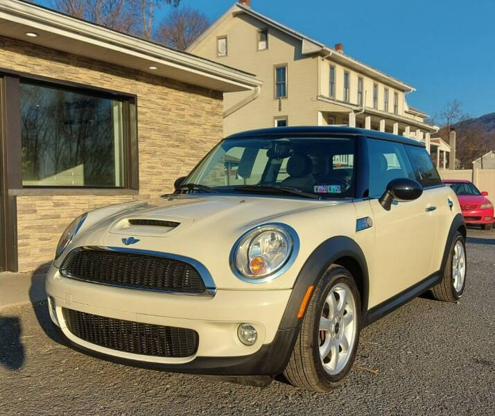 2010 MINI Cooper for sale at PMC GARAGE in Dauphin PA