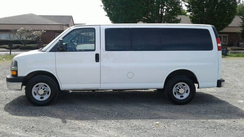2012 Chevrolet Express Passenger for sale at Car Guys in Kent WA