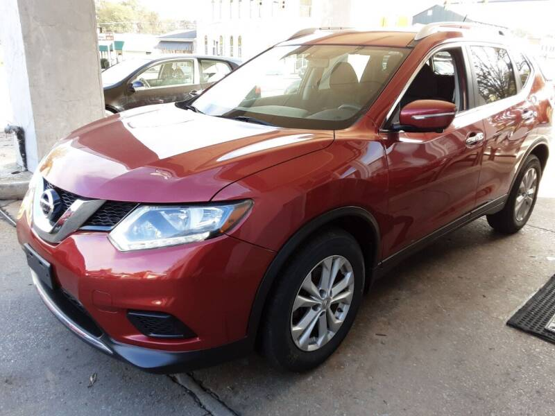 2015 Nissan Rogue for sale at ROBINSON AUTO BROKERS in Dallas NC
