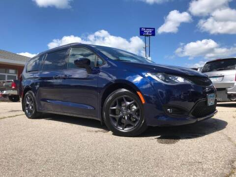 2019 Chrysler Pacifica for sale at Summit Auto & Cycle in Zumbrota MN