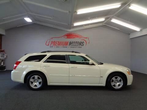 2005 Dodge Magnum for sale at Premium Motors in Villa Park IL