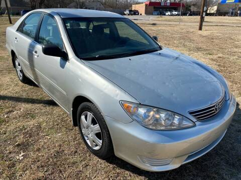 2005 Toyota Camry for sale at Texas Select Autos LLC in Mckinney TX