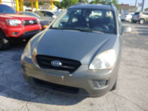2009 Kia Rondo for sale at Autos by Tom in Largo FL