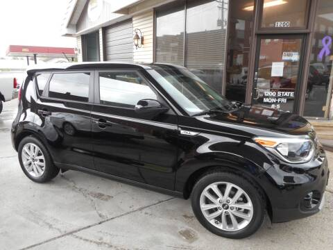 2019 Kia Soul for sale at River City Auto Center LLC in Chester IL