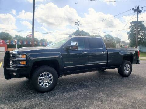 2018 Chevrolet Silverado 3500HD for sale at Rons Auto Sales in Stockdale TX