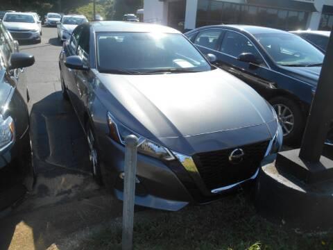 2020 Nissan Altima for sale at AUTO MART in Montgomery AL