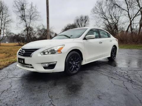 2013 Nissan Altima for sale at Moundbuilders Motor Group in Heath OH