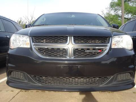 2015 Dodge Grand Caravan for sale at Auto Haus Imports in Grand Prairie TX