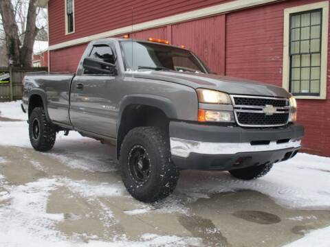 2006 Chevrolet Silverado 2500HD for sale at Longs Automobile Emporium Inc in Atwater OH