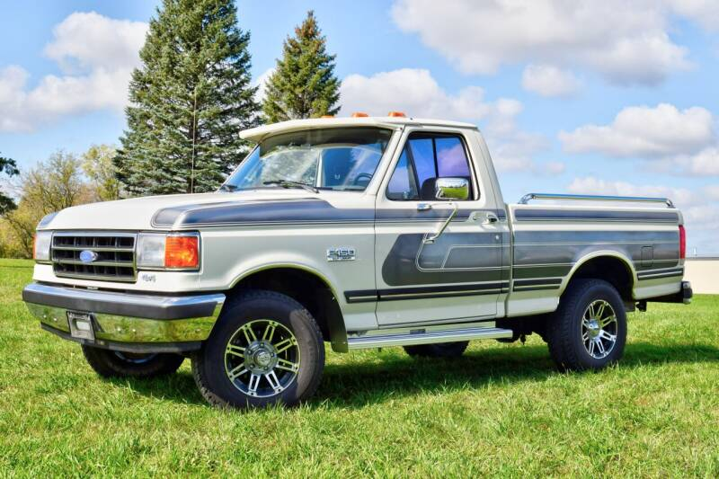 1989 Ford F-150 for sale at Hooked On Classics in Watertown MN