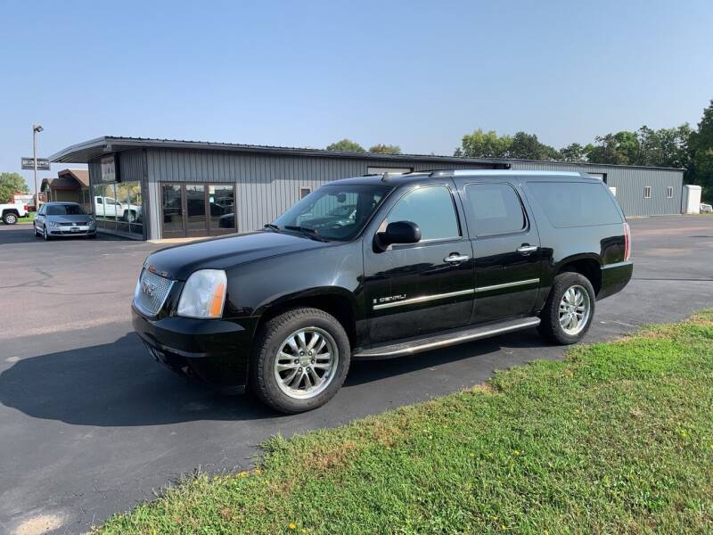 2009 GMC Yukon XL for sale at Welcome Motor Co in Fairmont MN