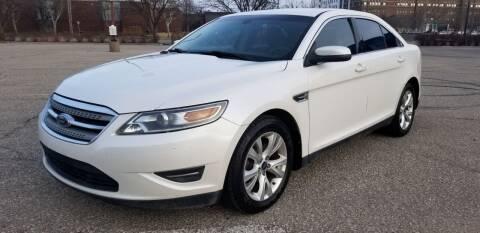 2010 Ford Taurus for sale at JC Auto Sales LLC in Wichita KS