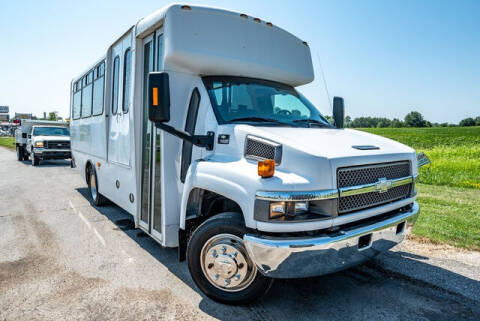 2009 Chevrolet C5500 for sale at Fruendly Auto Source in Moscow Mills MO