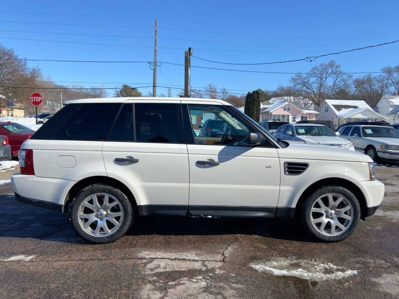 2009 Land Rover Range Rover Sport for sale at RIVERSIDE AUTO SALES in Sioux City IA