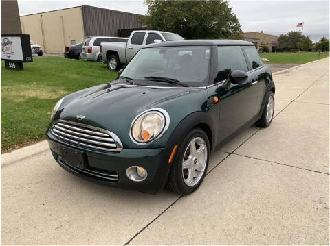 2009 MINI Cooper for sale at Metro Car Co. in Troy MI
