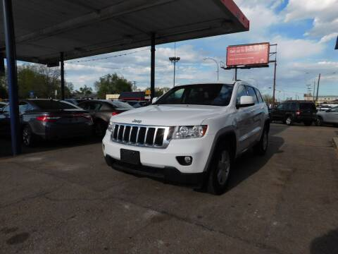 2013 Jeep Grand Cherokee for sale at INFINITE AUTO LLC in Lakewood CO