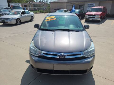 2009 Ford Focus for sale at Kenosha Auto Outlet LLC in Kenosha WI
