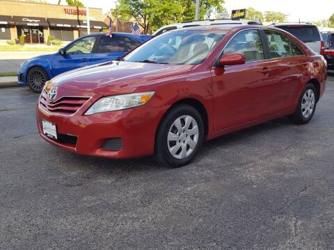 2011 Toyota Camry for sale at AUTOSAVIN in Elmhurst IL