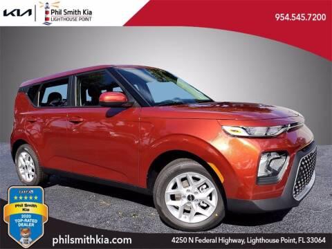 2022 Kia Soul for sale at PHIL SMITH AUTOMOTIVE GROUP - Phil Smith Kia in Lighthouse Point FL