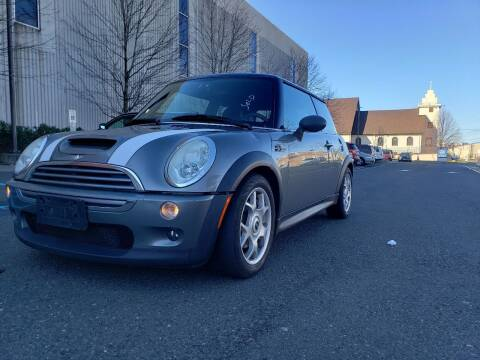 2006 MINI Cooper for sale at Innovative Auto Group in Little Ferry NJ
