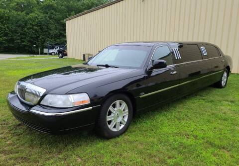 2009 Lincoln Town Car for sale at MILFORD AUTO SALES INC in Hopedale MA