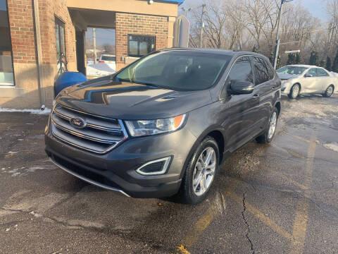 2018 Ford Edge for sale at Triangle Auto Sales in Elgin IL