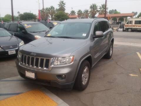 2011 Jeep Grand Cherokee for sale at ZOOM CARS LLC in Sylmar CA