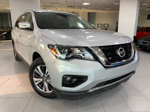 2019 Nissan Pathfinder for sale at Auto Mall of Springfield in Springfield IL