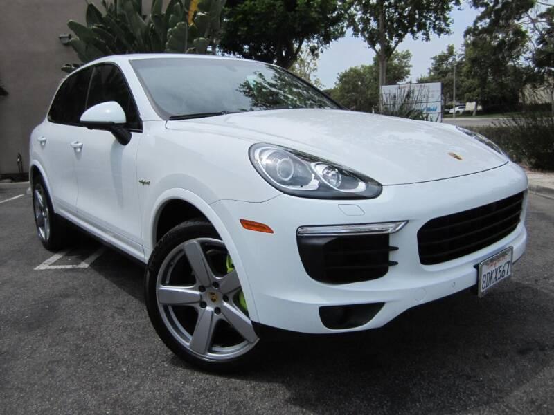 2018 Porsche Cayenne for sale at ORANGE COUNTY AUTO WHOLESALE in Irvine CA