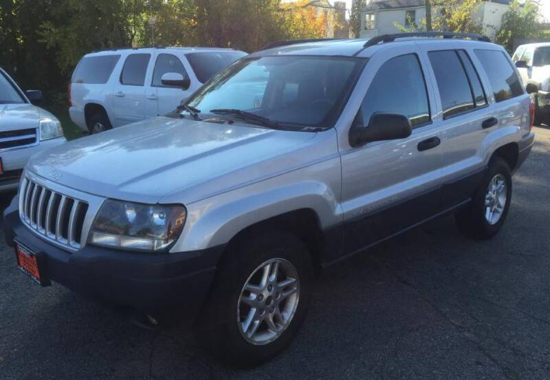 2004 Jeep Grand Cherokee for sale at Knowlton Motors, Inc. in Freeport IL