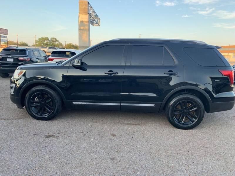 2017 Ford Explorer for sale at Primetime Auto in Corpus Christi TX