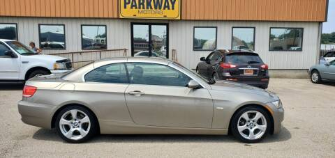 2007 BMW 3 Series for sale at Parkway Motors in Springfield IL