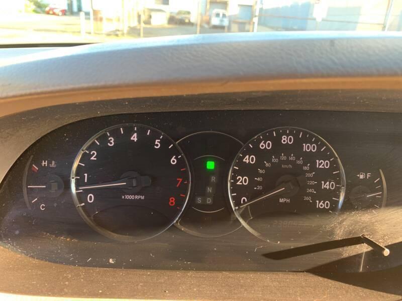 2005 Toyota Avalon XLS 4dr Sedan - Paterson NJ