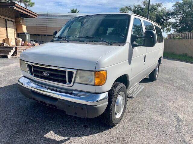 2006 Ford E-Series Wagon for sale at CLEAR SKY AUTO GROUP LLC in Land O Lakes FL