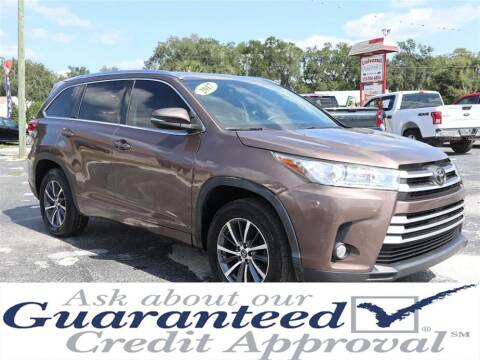 2017 Toyota Highlander for sale at Universal Auto Sales in Plant City FL