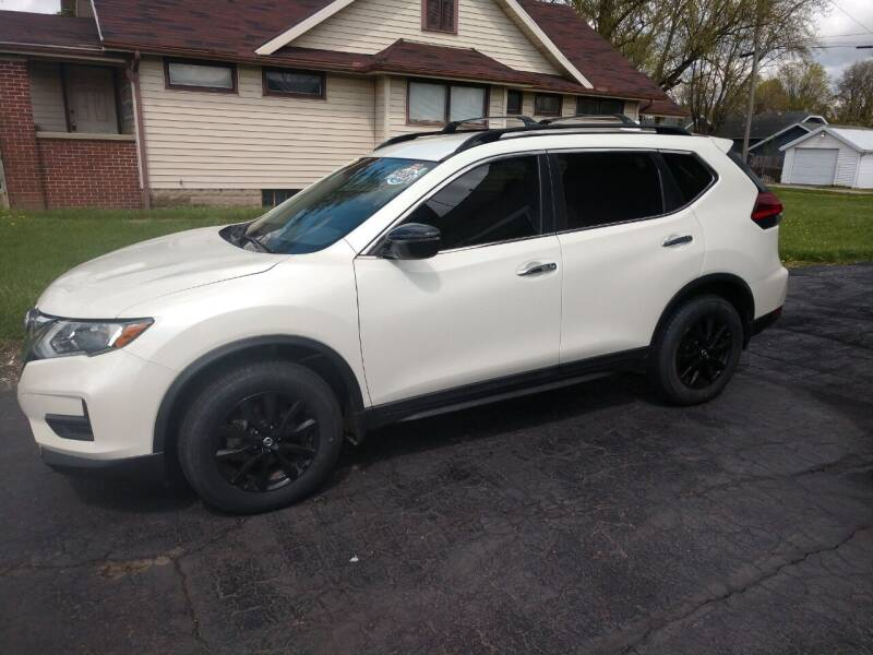 2017 Nissan Rogue for sale at Economy Motors in Muncie IN