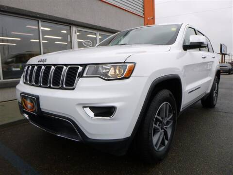 2020 Jeep Grand Cherokee for sale at Torgerson Auto Center in Bismarck ND