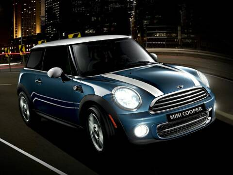 2012 MINI Cooper Hardtop for sale at Bill Gatton Used Cars - BILL GATTON ACURA MAZDA in Johnson City TN
