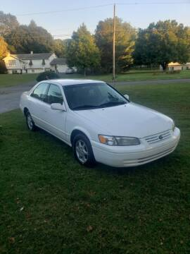 1997 Toyota Camry for sale at Alpine Auto Sales in Carlisle PA