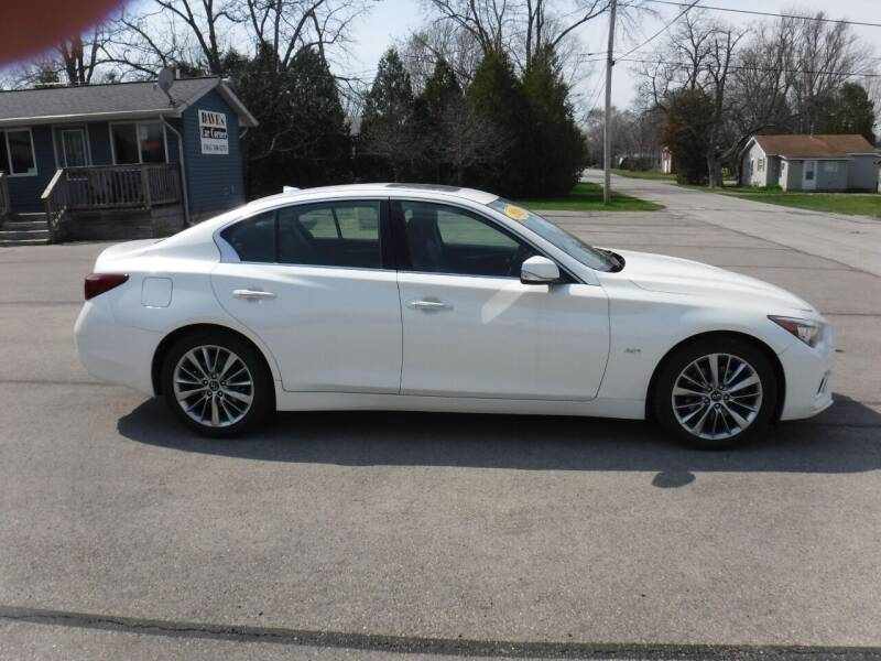 2018 Infiniti Q50 for sale at Dave's Car Corner in Hartford City IN