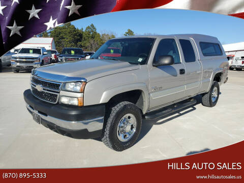 2006 Chevrolet Silverado 2500HD for sale at Hills Auto Sales in Salem AR