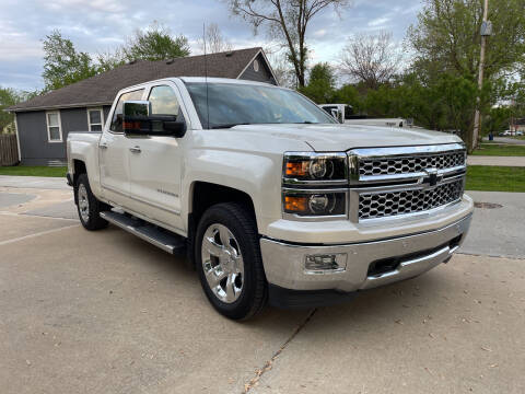 2015 Chevrolet Silverado 1500 for sale at Midwest Motors 215 Inc. in Bonner Springs KS