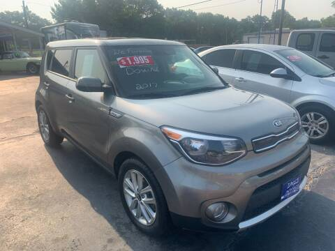 2017 Kia Soul for sale at EAGLE AUTO SALES in Lindale TX