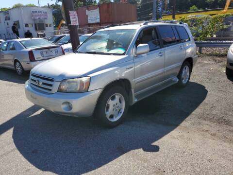 2005 Toyota Highlander for sale at Advantage Auto Brokers in Hasbrouck Heights NJ