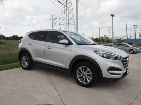 2016 Hyundai Tucson for sale at SIMOTES MOTORS in Minooka IL